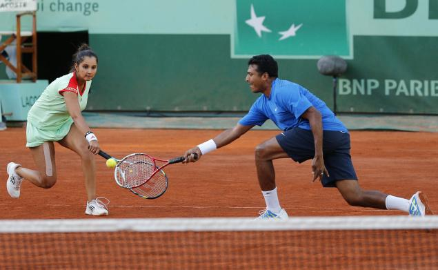 Sania Bhupati win the mixed doubles.