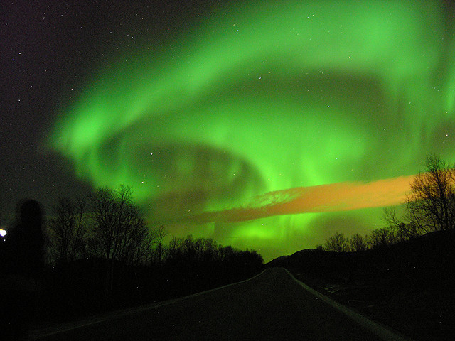 The whole sky is green in northern lights