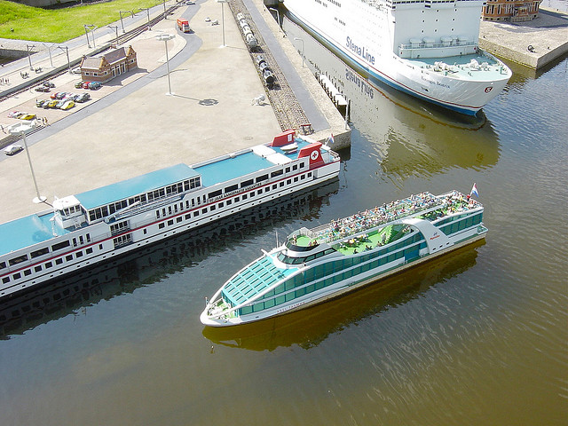 Miniature boats at Madurodam