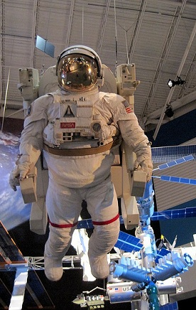 Astronaut grow taller in space