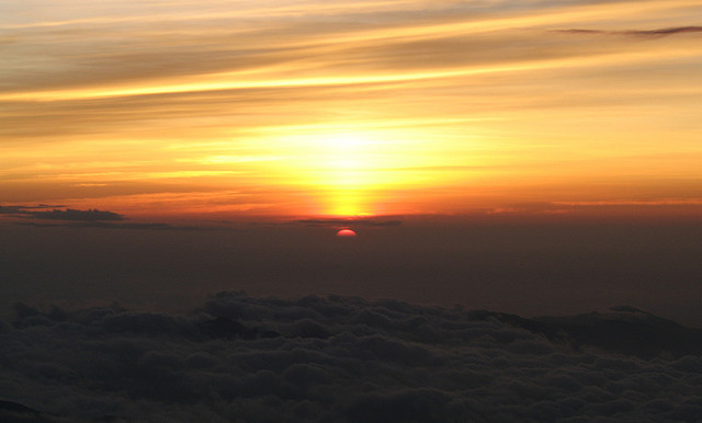 Sun rise from Japan's highest point