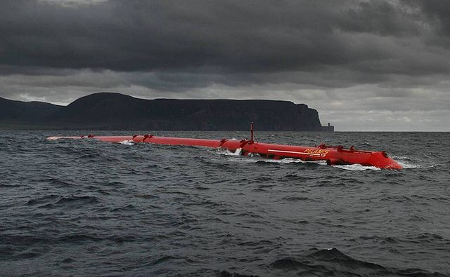 Pelamis wave turbine prototype in Scotland