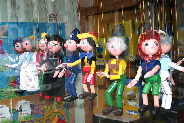 Stringed puppets