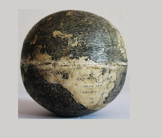 The New World on the ostrich egg globe