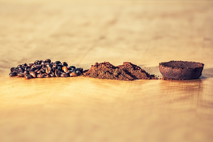 Coffee beans and coffee grounds