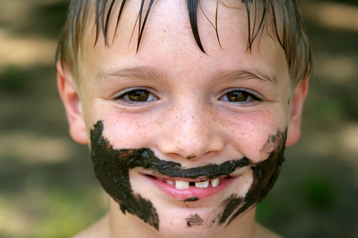 kid-dirt-on-face