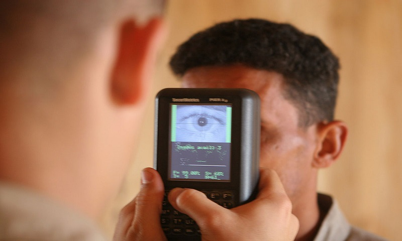 Iris recognition with a handset