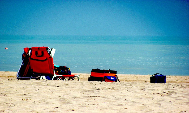 Holiday on the beach, Image Credit: Flickr User RichardBH, via CC